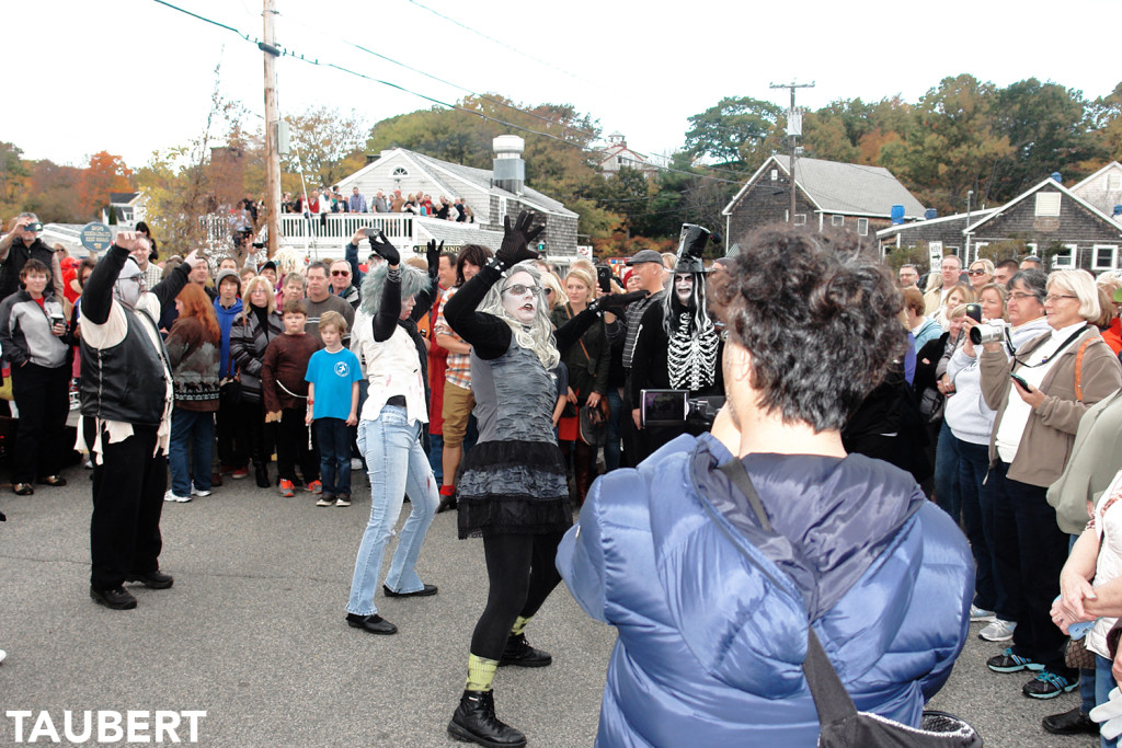 Ogunquitfest: Thriller Flash Mob Video and High Heel Dash Photo Gallery