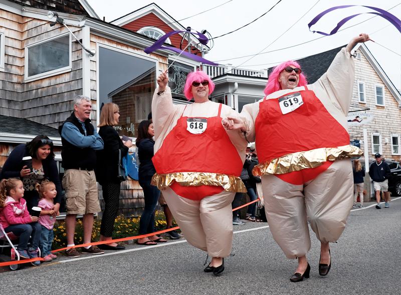 Ogunquit - Ogunquitfest High Heel Dash in Perkins Cove